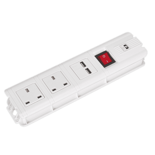 Extension Cable 2.6m 2 x 230V + 2 x USB Sockets - White